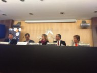 Canyelles, Xarles, Lavado i Terradellas debatent sobre l'RSC, moderats per Garay