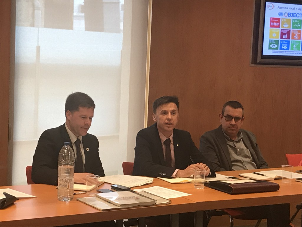 Arnau Queralt, director del CADS i Isidre Sala, director general d'Afers Multilaterals i Europeus, Joan Segarra, president de La Confederació Patronal del Tercer Sector Social a Catalunya