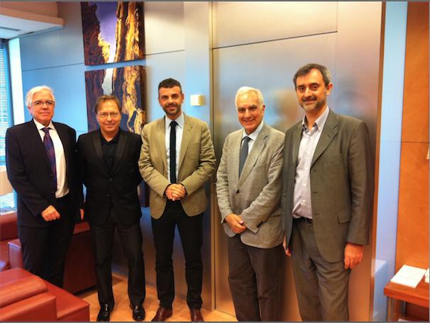 Presentación de Respon.cat al consejero de Territorio y Sostenibilidad Santi Vila (31-07-2014)