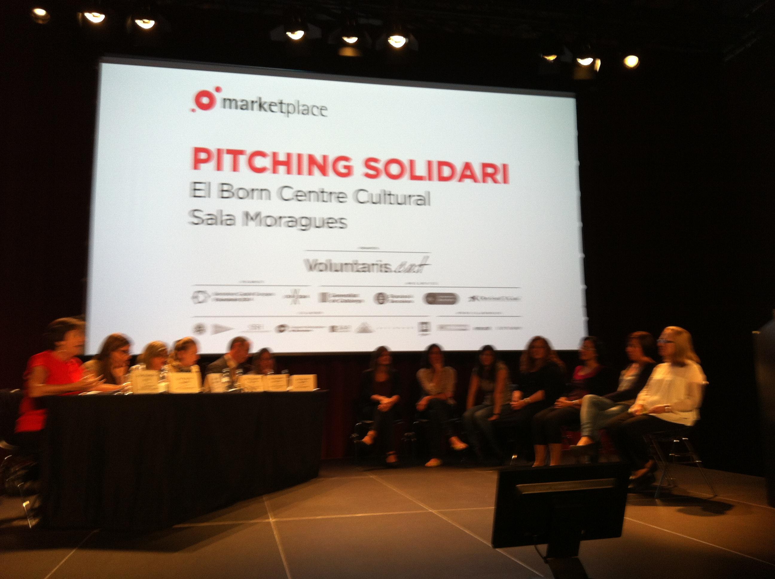 Activitat de Pitching solidari dins el Marketplace