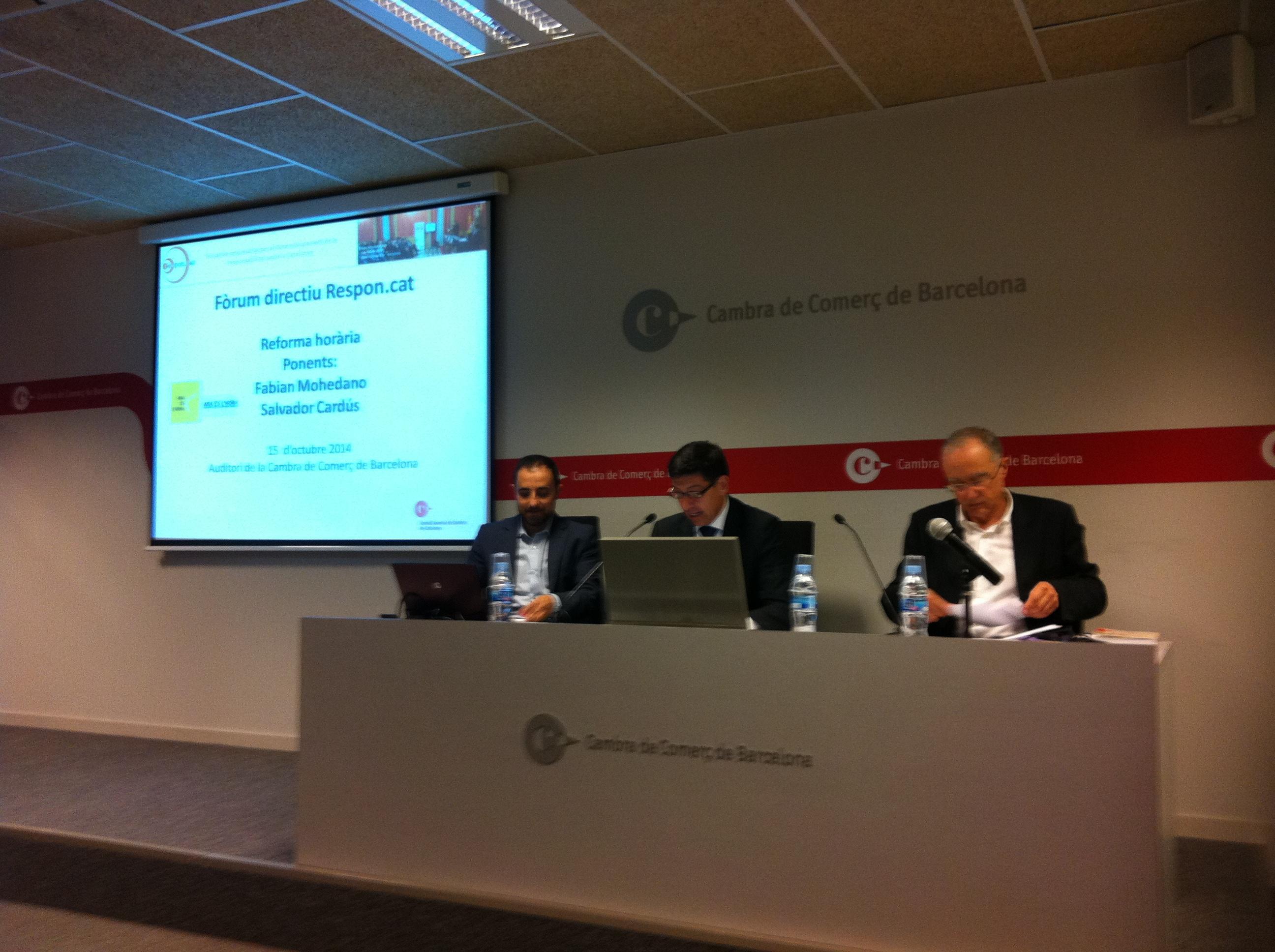 Fabian Mohedano, Joan Pinyol i Salvador Cardús al Fòrum directiu sobre la reforma horària organitzat per respon.cat a la Cambra de Comerç de Barcelona
